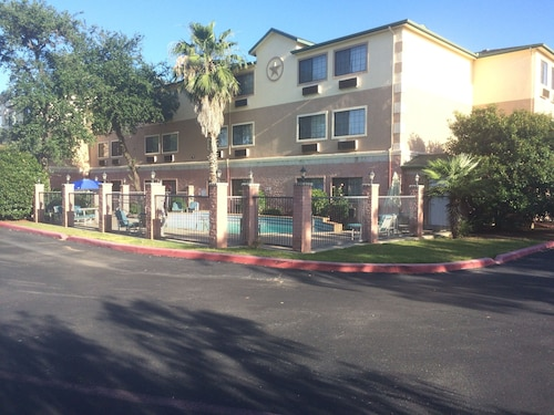Great Place to stay Days Inn by Wyndham Suites San Antonio North/Stone Oak near San Antonio