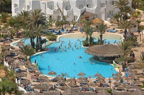 Best 4 Star Hotels Fatou - 4 Star Hotels in Fatou from AU$144 | Wotif