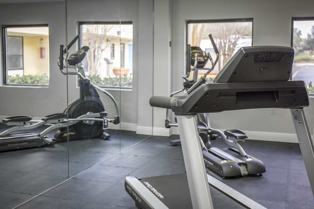 Fitness Facility, Clarion Hotel Orlando International Airport