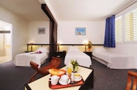 Superior Room, 3 Twin Beds
