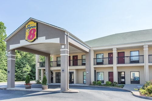 Great Place to stay Super 8 by Wyndham Petersburg near Petersburg