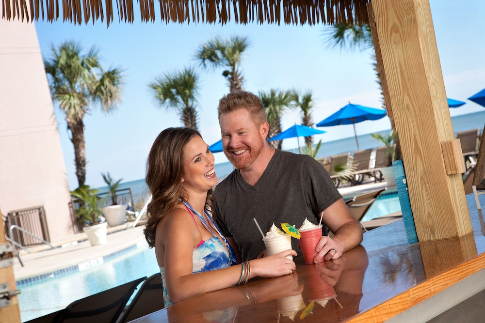 Poolside Bar, Grande Cayman Resort