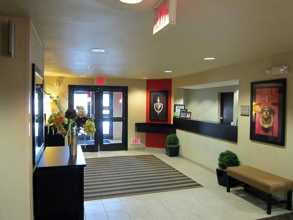 Restaurant Featured Image Lobby