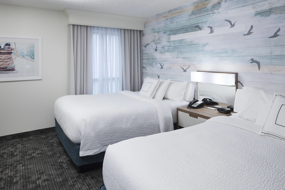 Room, Courtyard by Marriott Carolina Beach