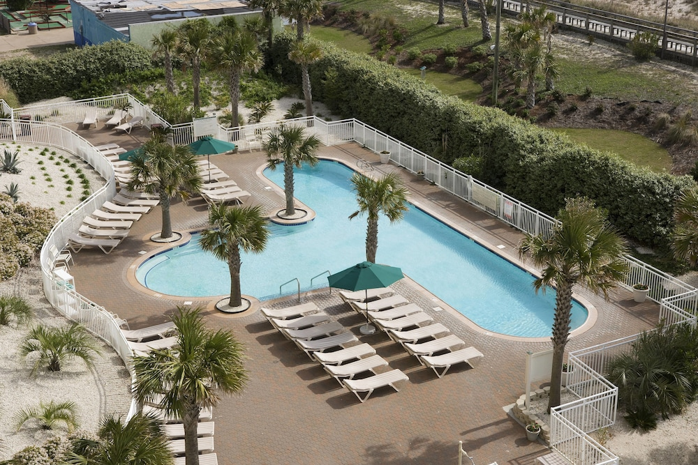 Outdoor Pool, Courtyard by Marriott Carolina Beach