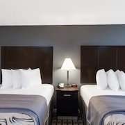 Days Inn by Wyndham Ennis
