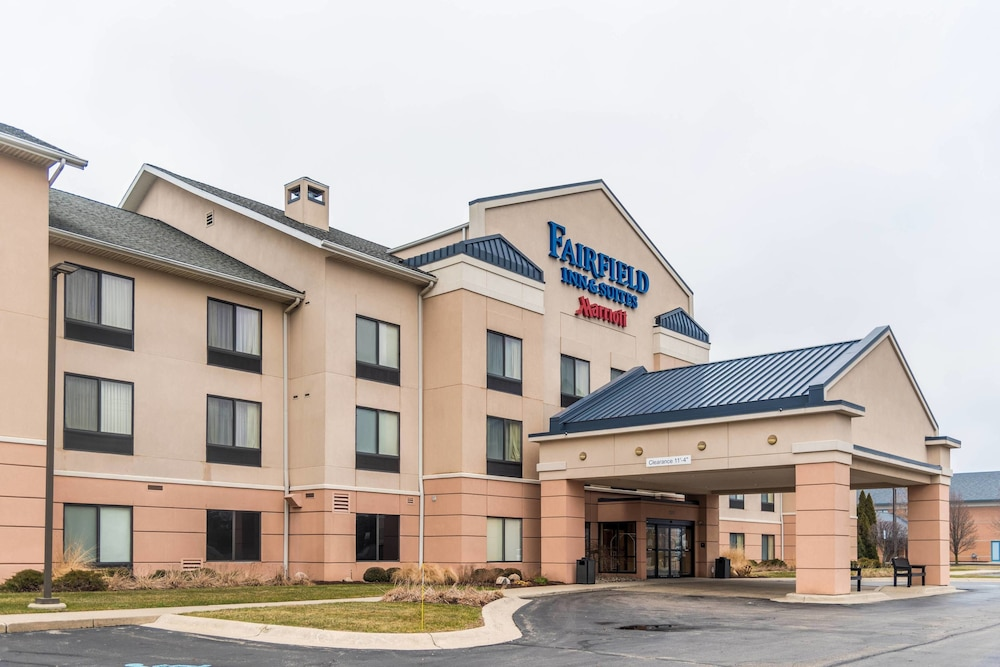 Exterior, Fairfield Inn and Suites by Marriott Muskegon Norton Shores