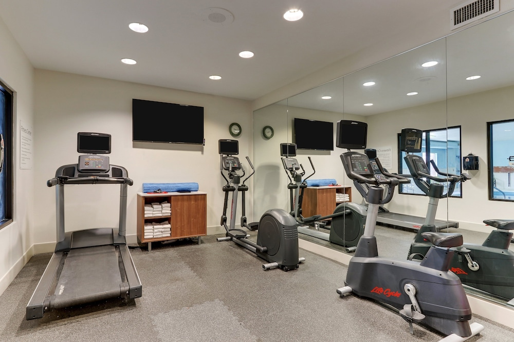 Fitness Facility, Holiday Inn Express Hotel & Suites Dayton-Centerville, an IHG Hotel