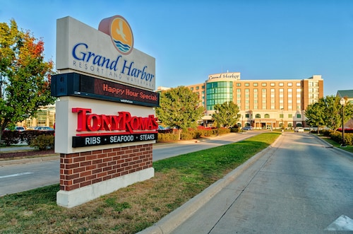 Grand Harbor Resort and Waterpark
