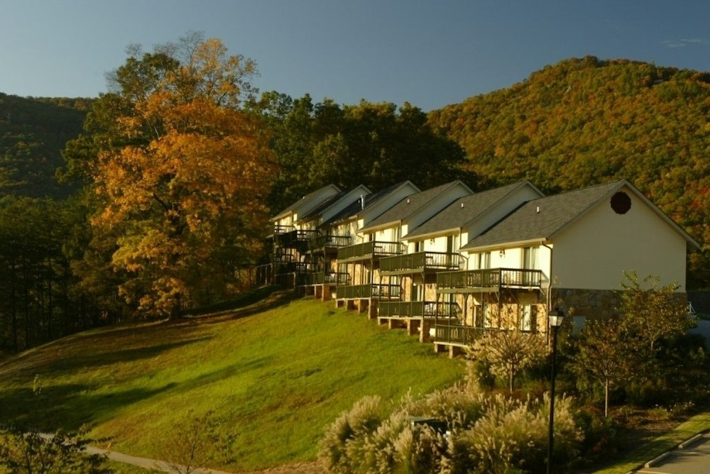 Featured Image, Kingwood Resort