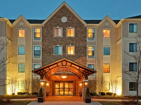 Staybridge Suites Chicago - Glenview, an IHG Hotel