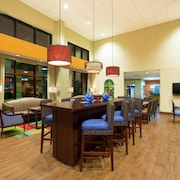 Hampton Inn & Suites by Hilton San Jose-Airport