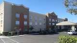 Best Western Plus Delta Inn & Suites - Oakley Hotels