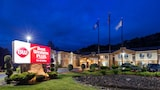 Best Western Plus New England Inn & Suites - Berlin Hotels