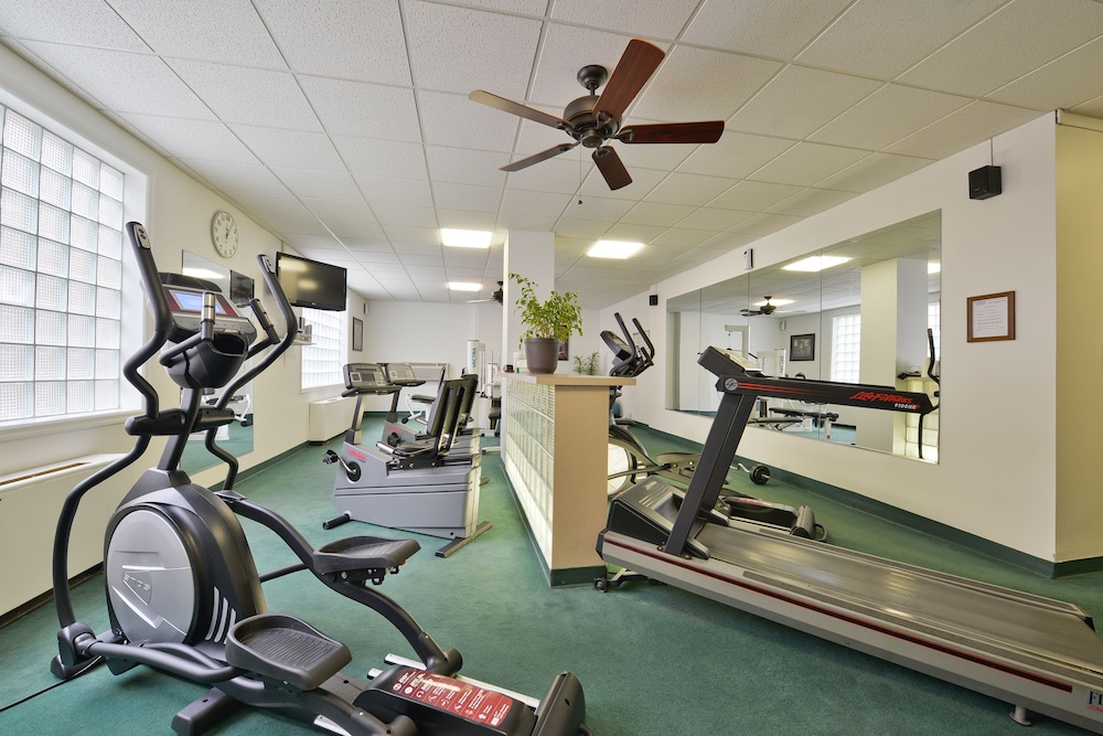 Fitness Facility, Genetti Hotel, SureStay Collection by Best Western