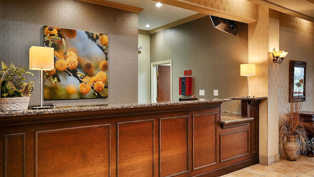 Reception, Best Western Plus Woodway Waco South Inn & Suites