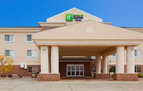 Holiday Inn Express & Suites Yankton