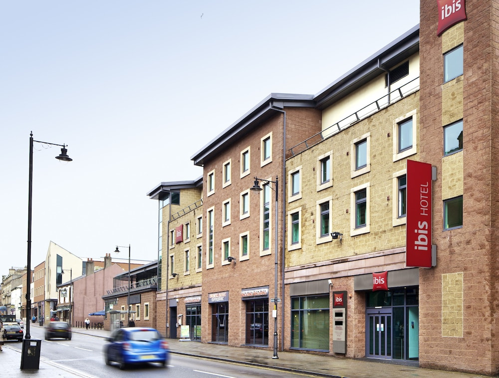 Front of Property, ibis Carlisle – City Centre