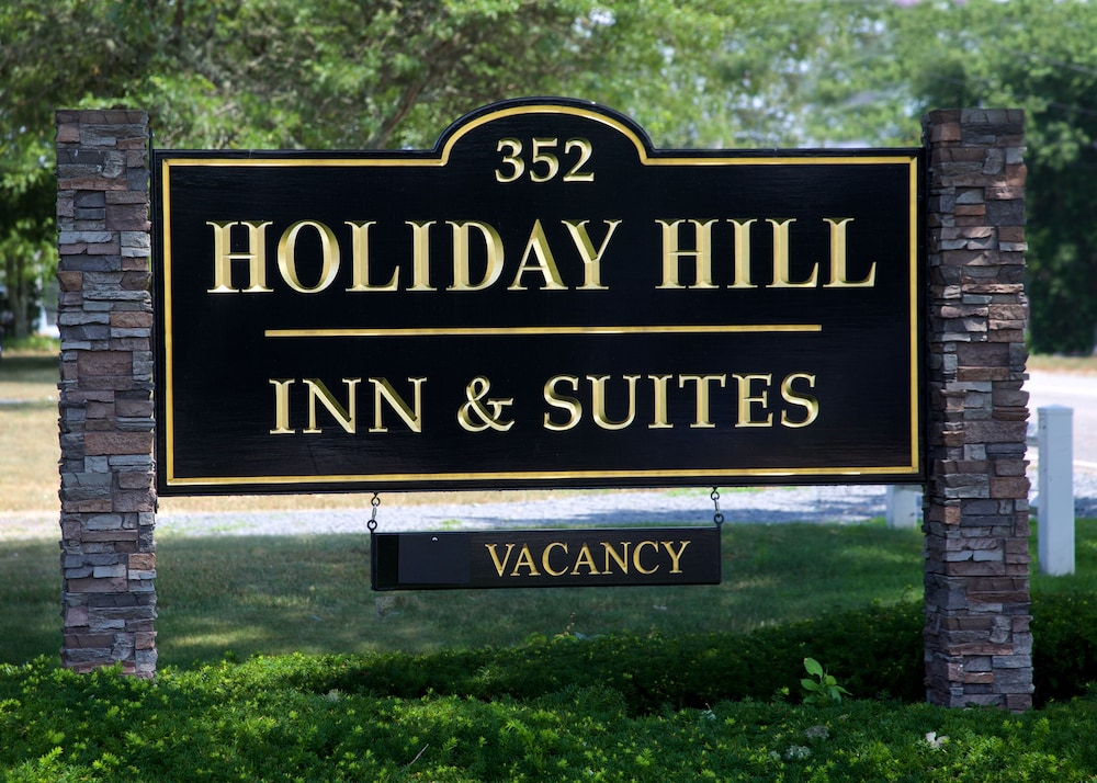 Front of Property, Holiday Hill Inn & Suites