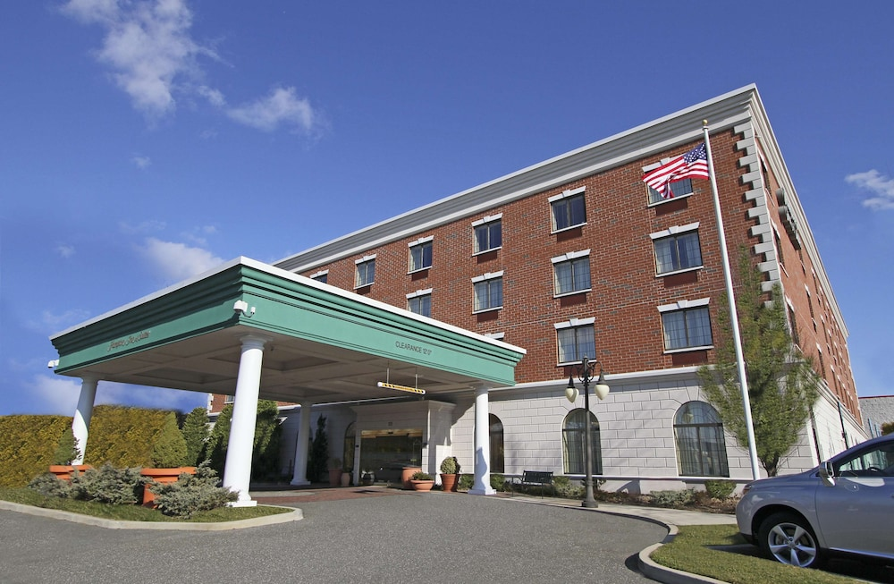 Featured Image, Hampton Inn & Suites by Hilton Rockville Centre