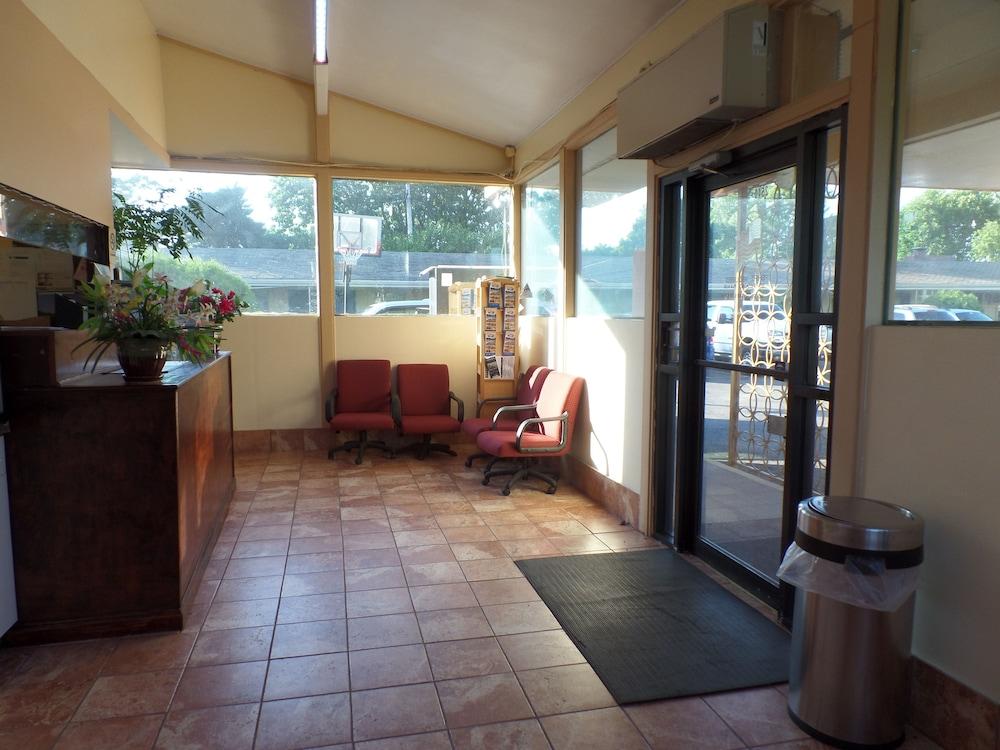 Bayfront inn Erie in Erie | Hotel Rates & Reviews on Orbitz