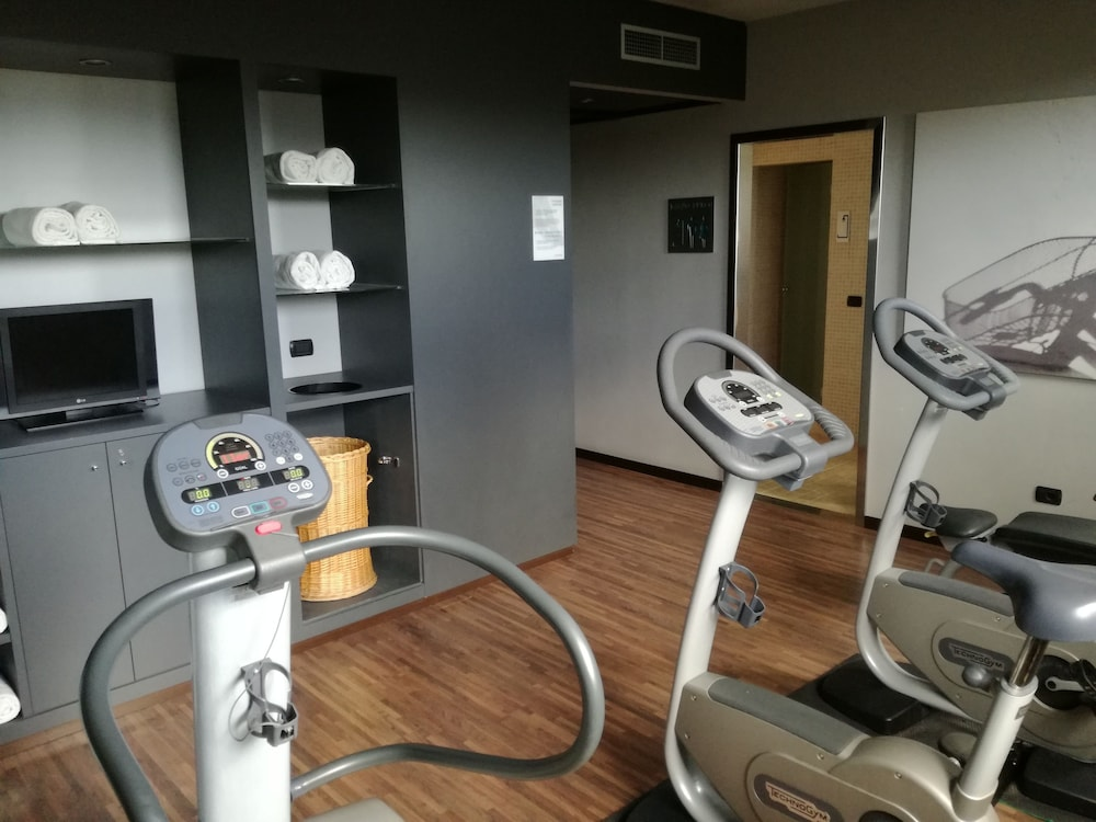 Fitness Studio, AC Hotel Arezzo by Marriott