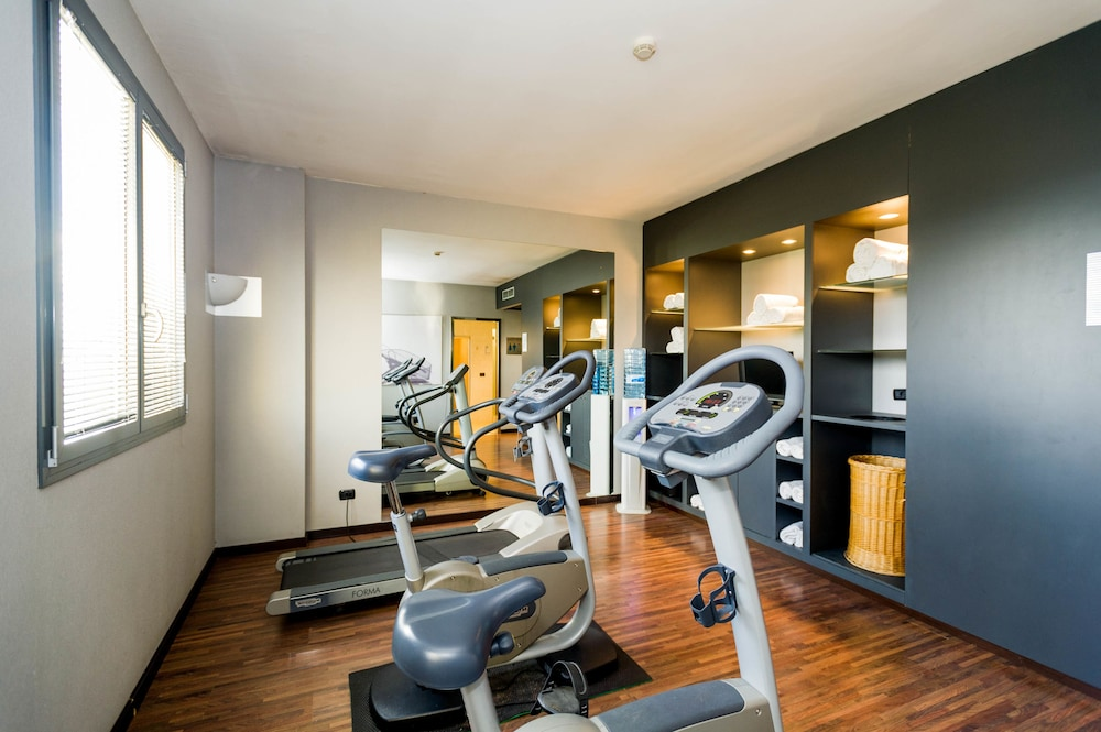 Gym, AC Hotel Arezzo by Marriott