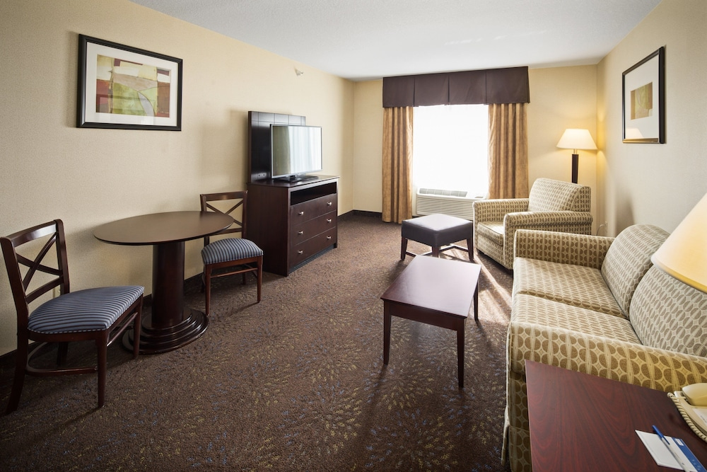 Room, Holiday Inn Express Hotel & Suites Hill City