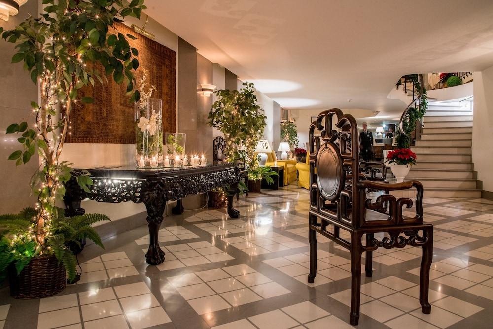 Buffet Italiano Cagliari : Sardegna hotel suites & restaurant cagliari ita expedia.com.au