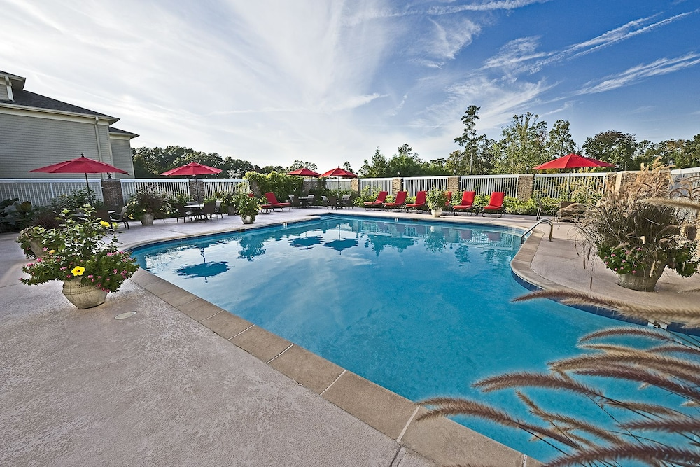 Outdoor Pool, Cypress Bend Resort Best Western Premier Collection