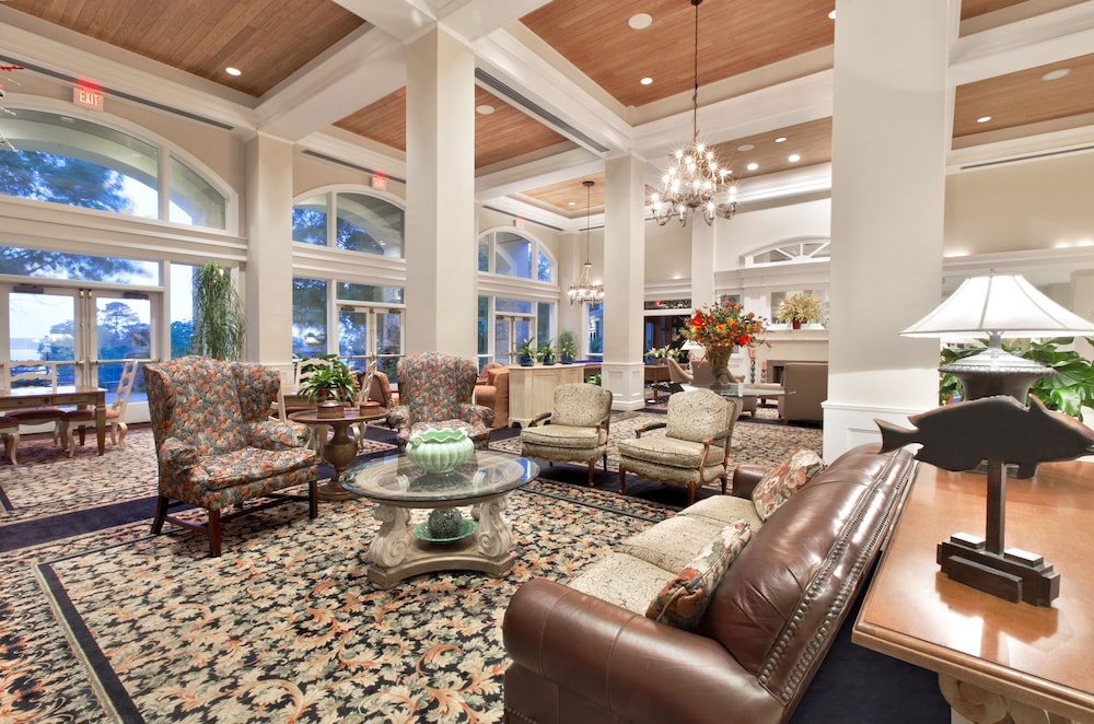 Lobby Sitting Area, Cypress Bend Resort Best Western Premier Collection