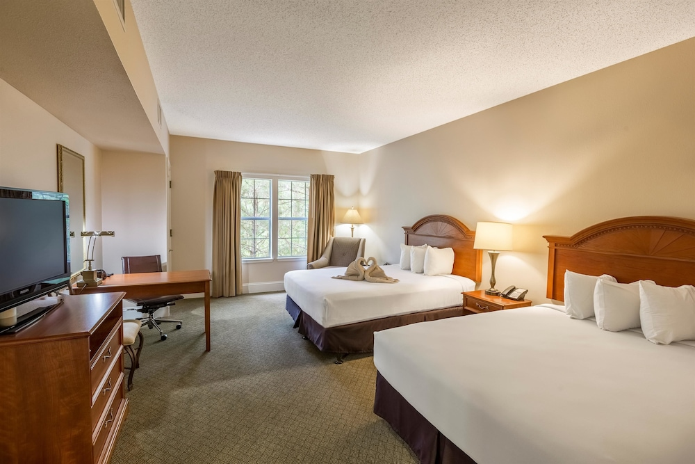 Room, Cypress Bend Resort Best Western Premier Collection