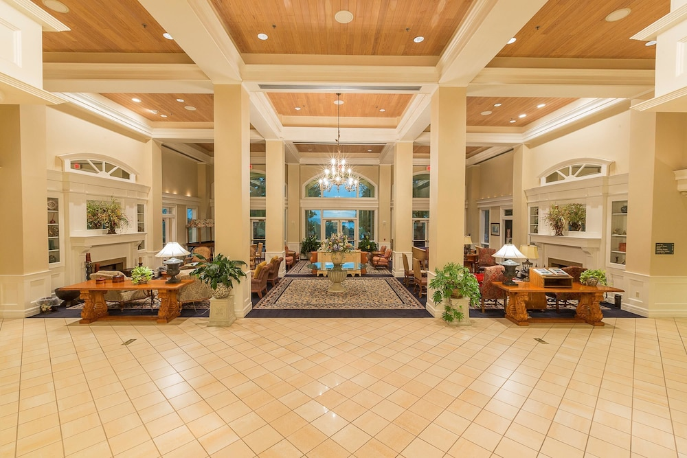 Lobby, Cypress Bend Resort Best Western Premier Collection