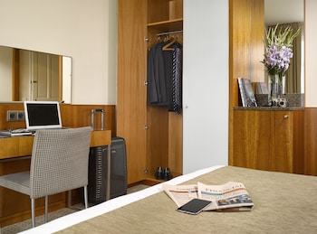 K K Hotel Central Prague Reviews Photos Rates Ebookers Com