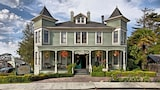 Centrella Inn - Pacific Grove Hotels