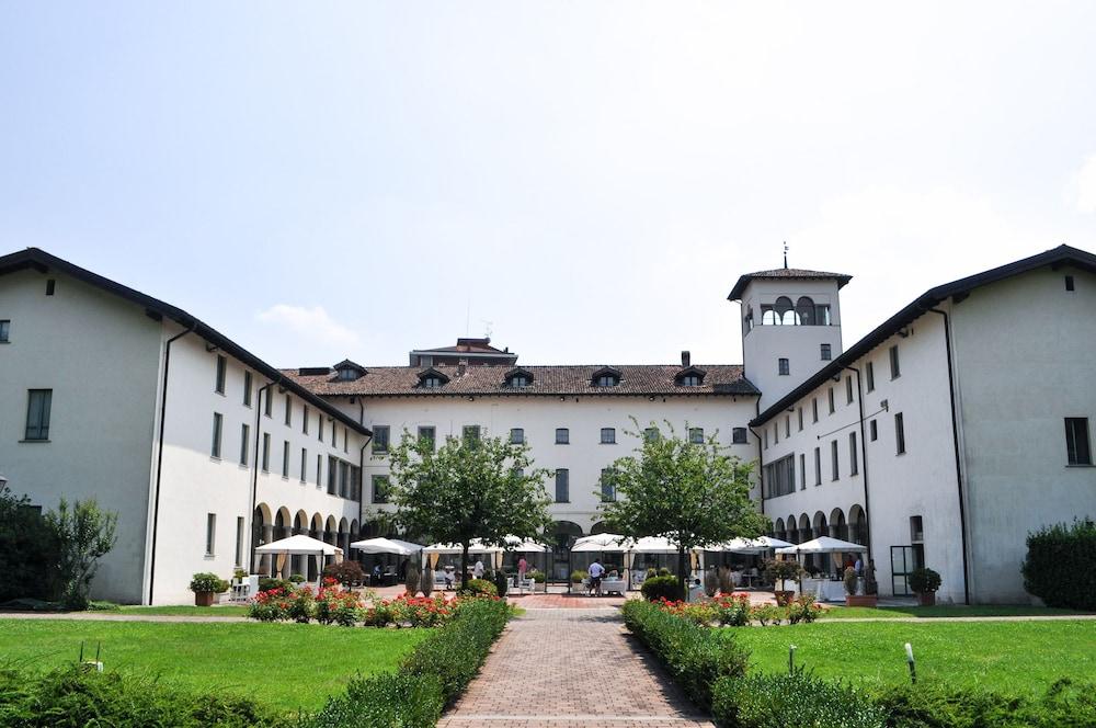Grand hotel villa torretta 2017 room prices deals for Villa torretta