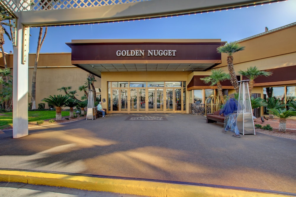 Property Entrance, Golden Nugget Laughlin
