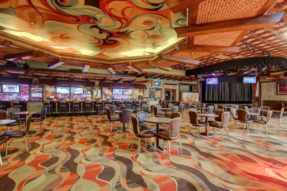 Lounge, Golden Nugget Laughlin