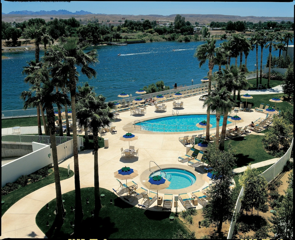 Pool, Golden Nugget Laughlin