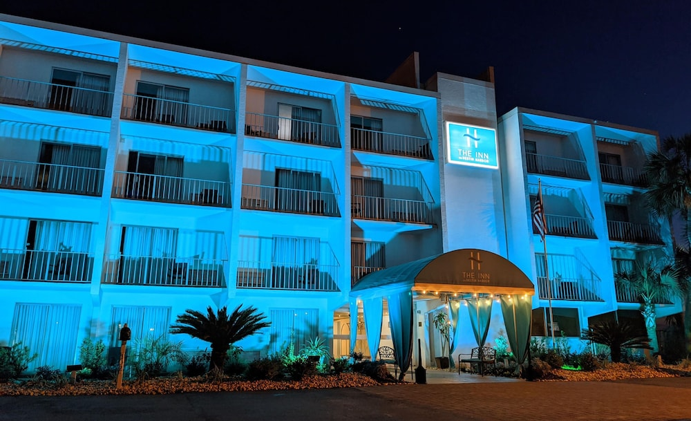 Front of Property, Inn on Destin Harbor