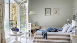 Minibar, safe på rommet, individuelt dekorert og individuelt innredet