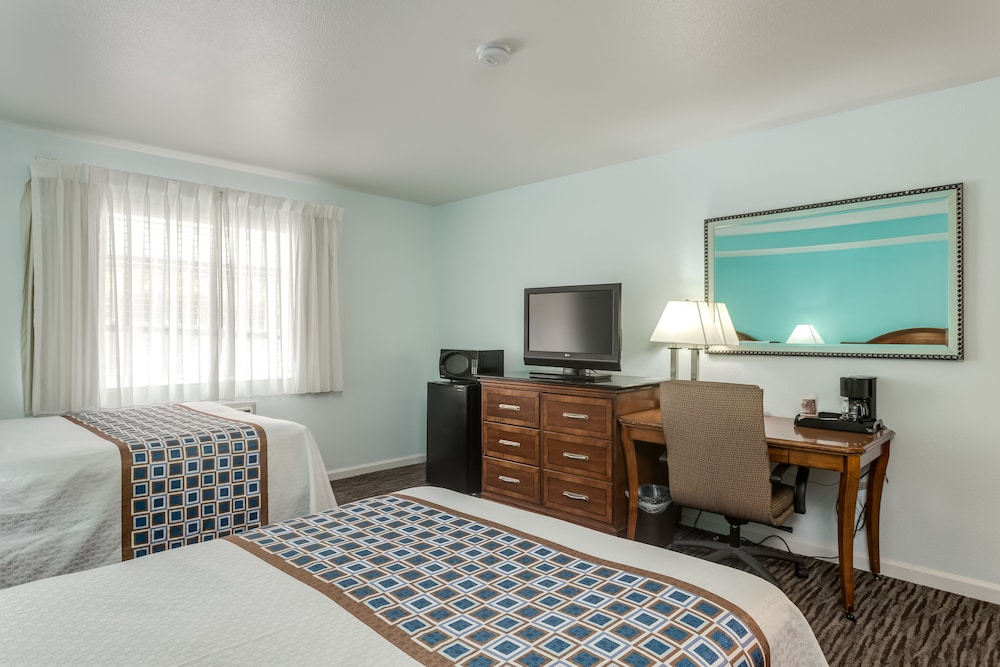 Room, Pacifica Beach Hotel