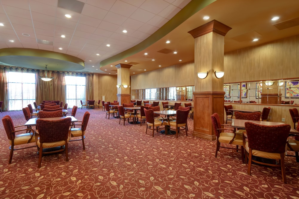 Dining, Embassy Suites by Hilton Hot Springs Hotel & Spa