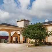 Days Inn and Suites New Iberia
