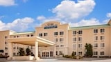 Baymont Inn & Suites Grand Rapids SW/Byron Center - Byron Center Hotels