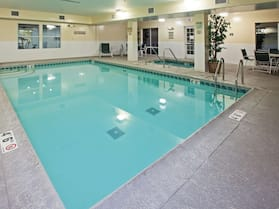 Country Inn & Suites by Radisson, Chicago O'Hare South, IL