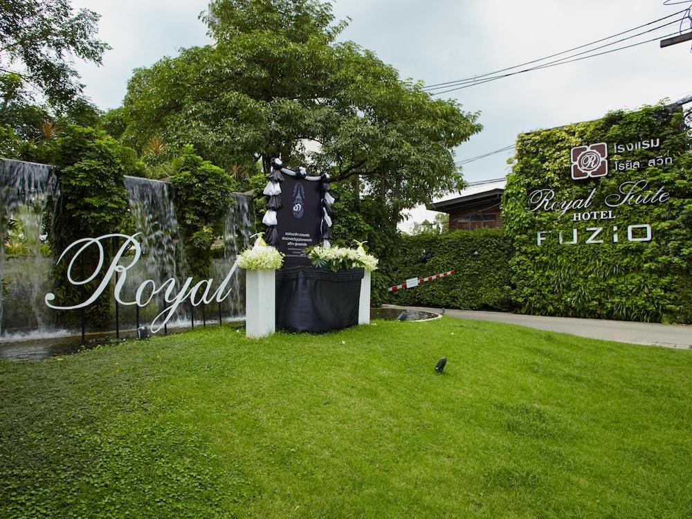 Royal Suite Hotel Bangkok: 2018 Room Prices $30, Deals & Reviews ...