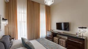 1 camera, minibar, una cassaforte in camera, con stile personalizzato