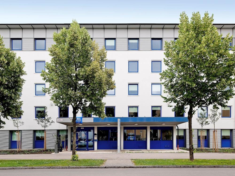 Hotel Ibis Daimlerstrasse  Garching