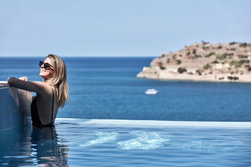 Infinity Pool, Blue Palace, a Luxury Collection Resort and Spa, Crete